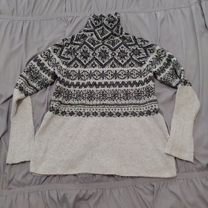 H&M gray&black high neck sweater